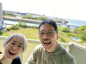 こんにちは今日も淡路島は、とても良い天気でした自撮り棒を使ってベランダで撮ってみました…