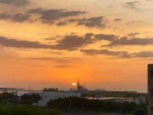 おはようございます今朝は綺麗に朝日が見えましたベランダに出ると、心地よく風が吹いて気持…