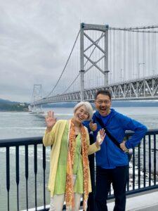 こんばんは今日は、鳴門海峡大橋の徳島側へ行きました。新月の大潮を期待して、渦の道を行っ…